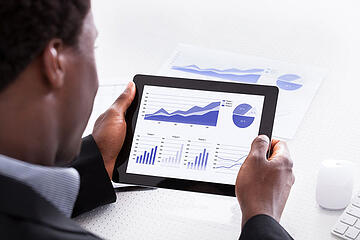 Contract Management KPIs for Success