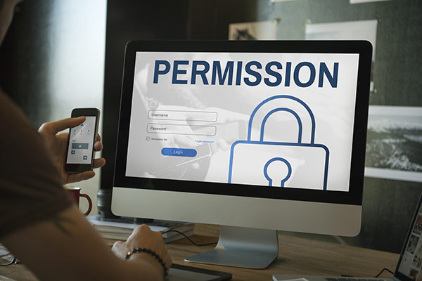 Managing User Permissions in Contract Management Software