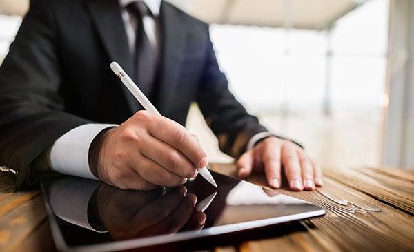 The benefits of eSign in CobbleStone Contract Insight